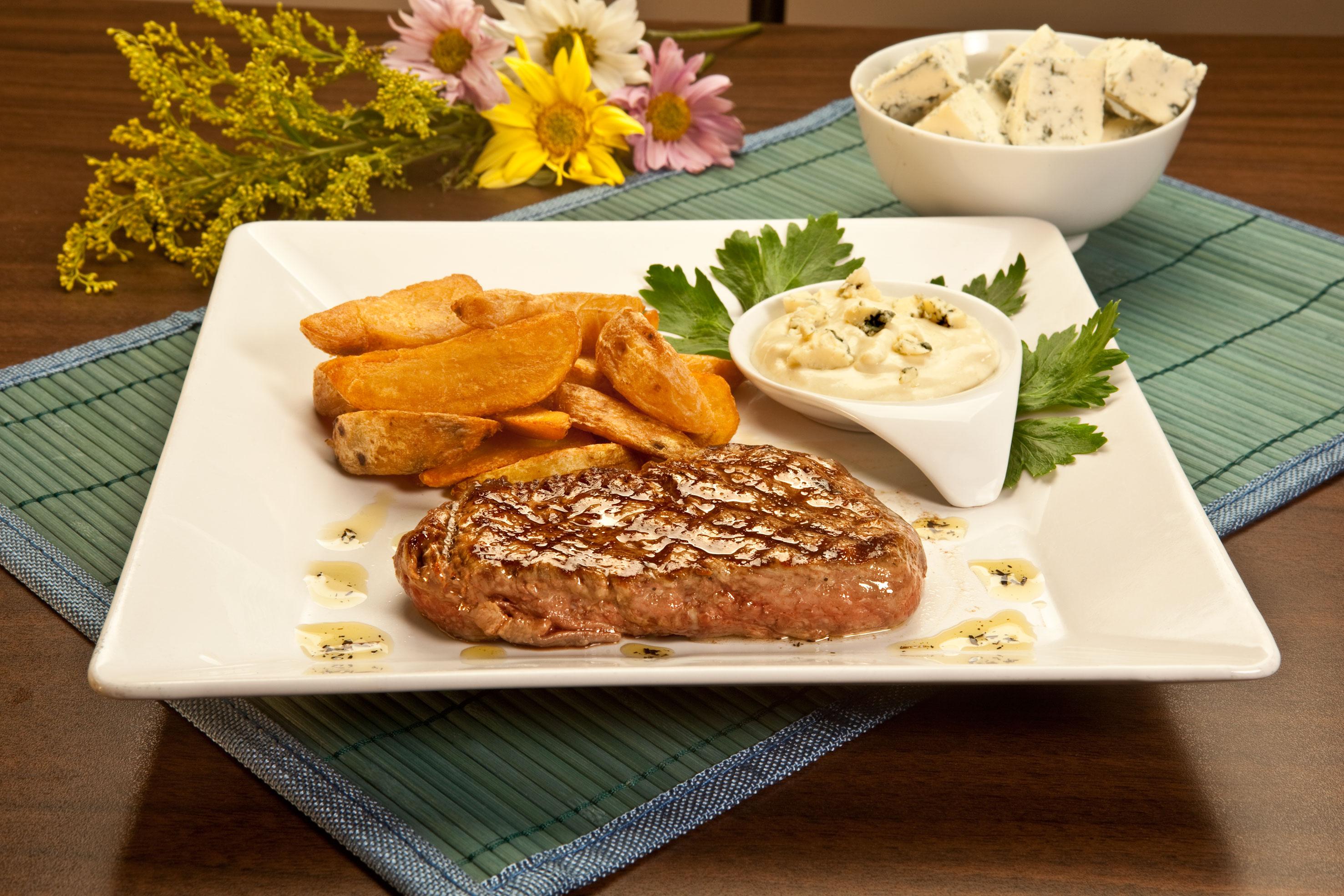 filet-ao-molho-de-gorgonzola