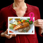 Outubro Rosa: alimentação saudável também é prevenção